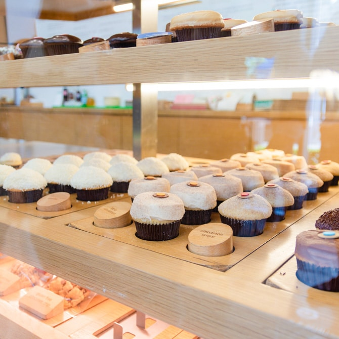 Travel Guide: Las Vegas - Sprinkles Cupcakes