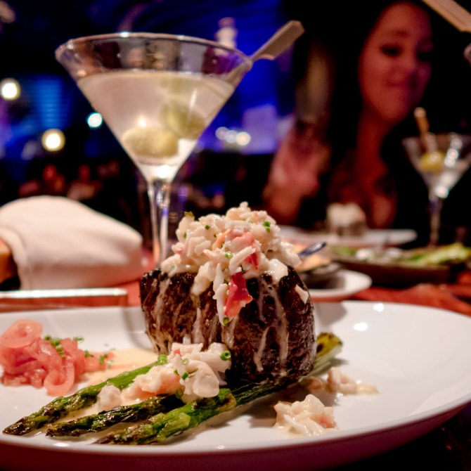 Travel Guide: Las Vegas - STK