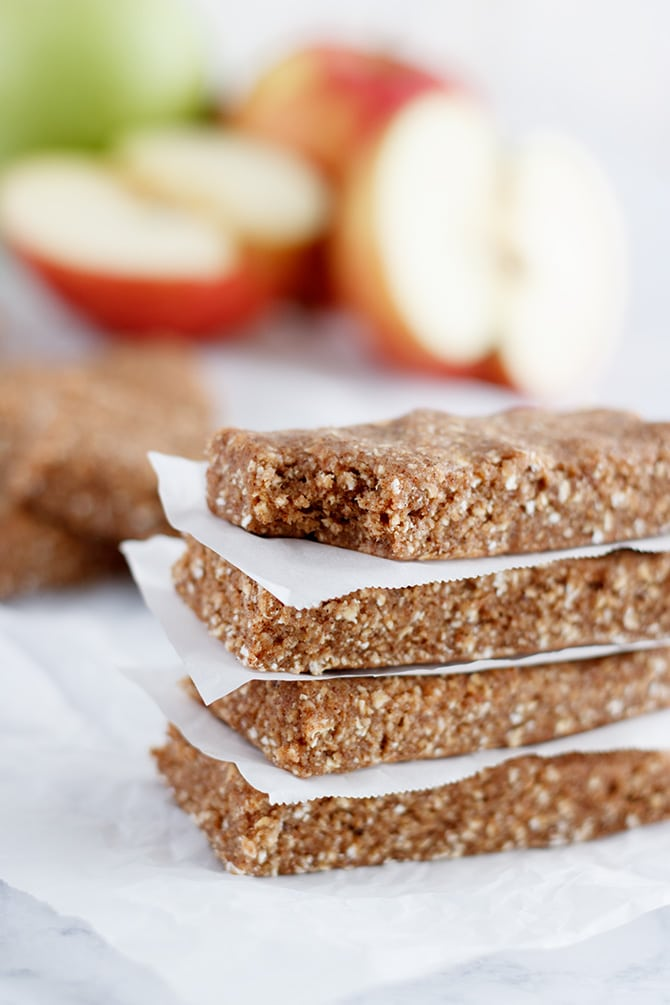 Apple Pie Protein Bars
