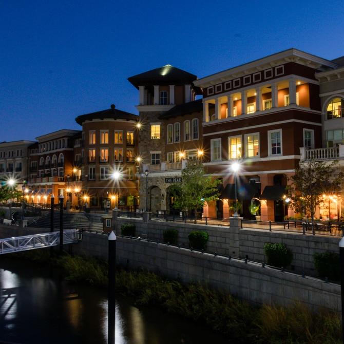Travel Guide: Napa - Shopping Downtown
