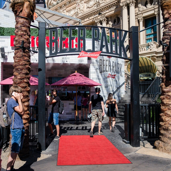 Travel Guide: Las Vegas - Beer Park